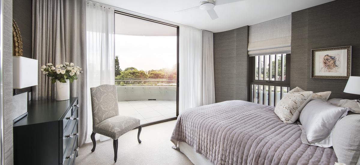 Ascot Green bedroom
